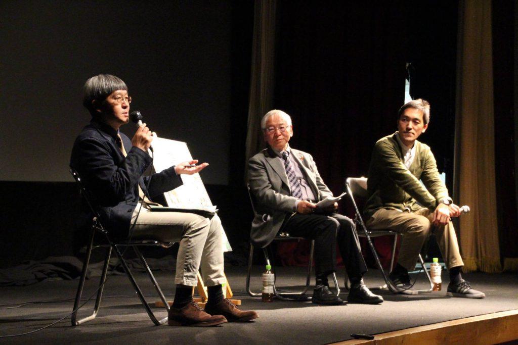 『道草』でのトーク企画。社会福祉法人かりがね福祉会理事長・小林彰さん(中央)、宍戸大裕監督(右)