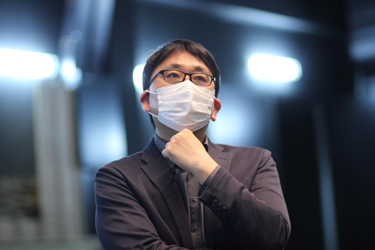 茅野市美術館新館長の前田忠史さん