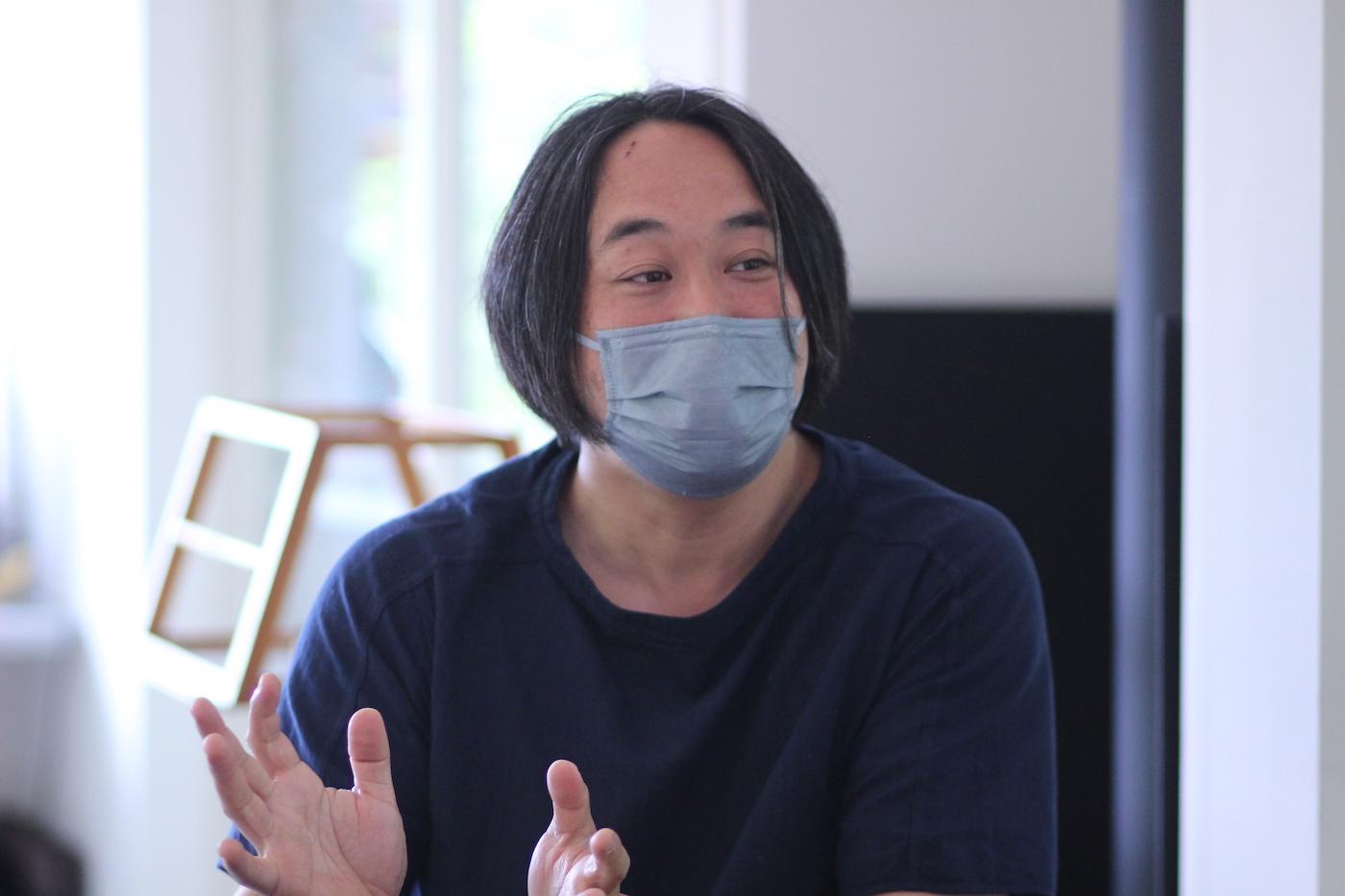 クリエイティブ・ディレクターの須長檀さん